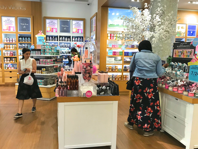 the bath and body shop reviews